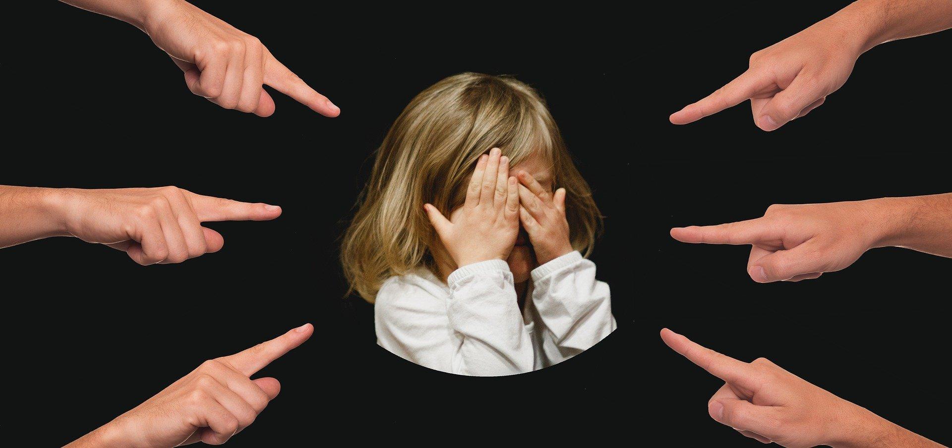 Con dưới 12 tháng tuổi có được ly hôn?