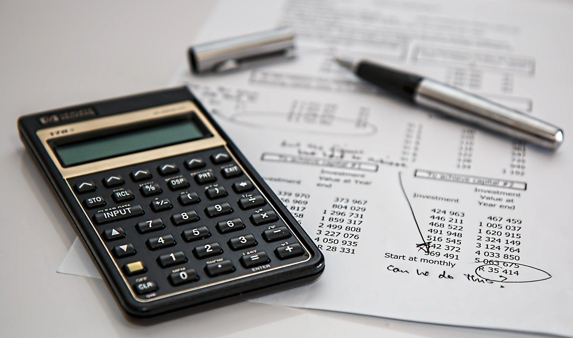 Mua nhà có phải đóng thuế không?