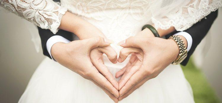 Điều kiện đăng kí kết hôn