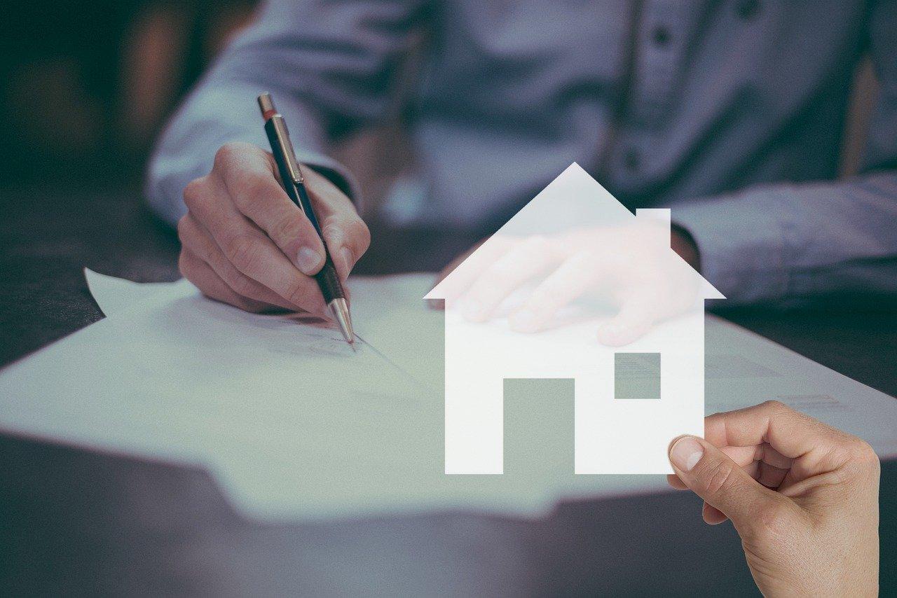 mortgage 5266520 1280 2 - Mua nhà có phải đóng thuế không