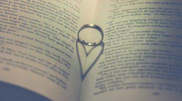 Hợp đồng hôn nhân có hợp pháp hay không